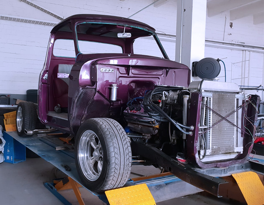 Restaurierung des Ford F100